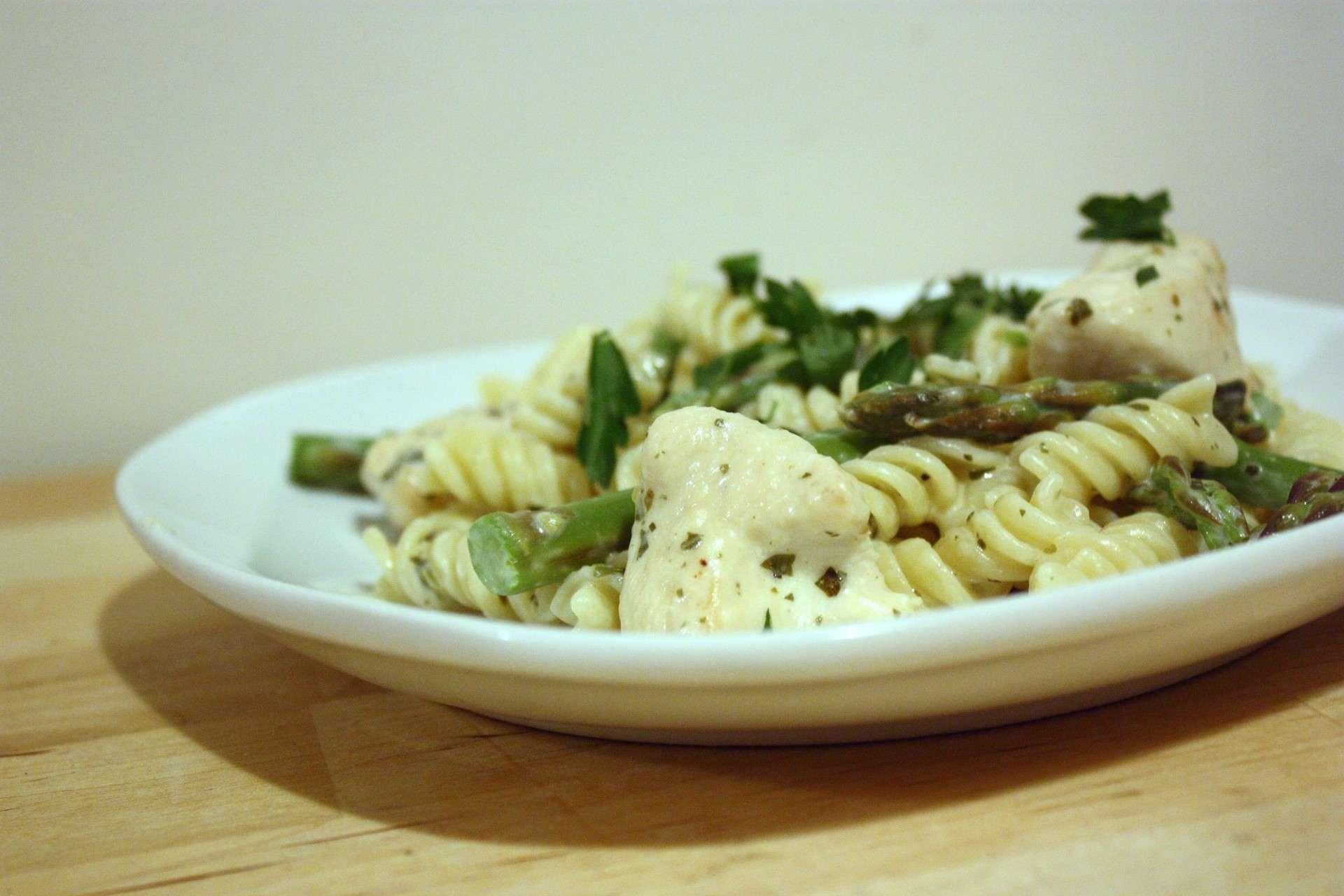 Sesame Chow-Chow Chicken & Asparagus Pasta